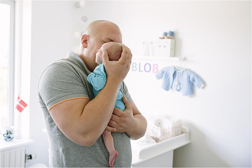 Nyfødt baby fotograf Tine hvolby08
