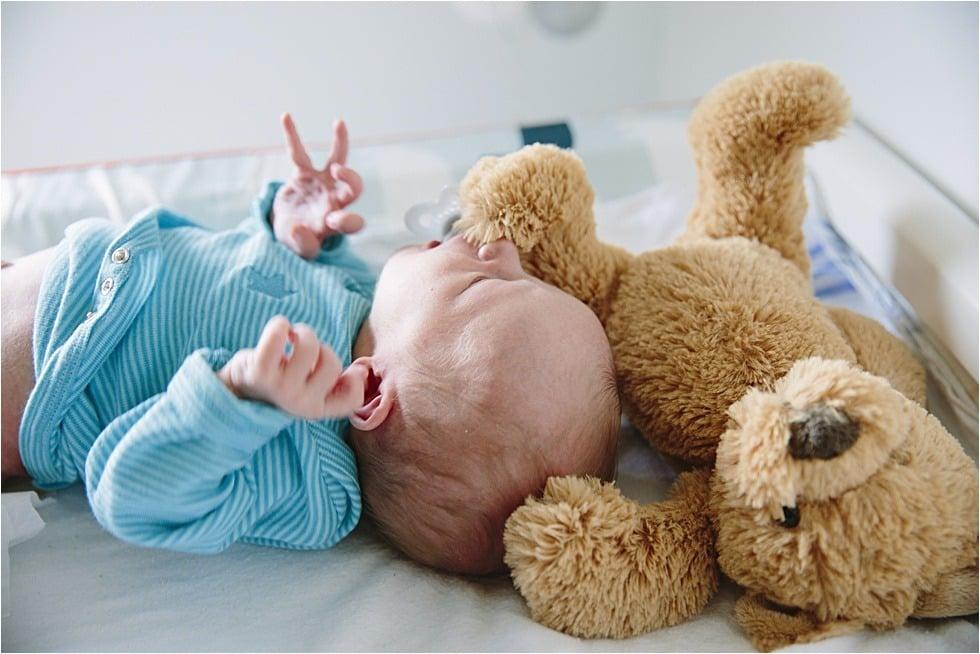 Nyfødt baby fotograf Tine hvolby11